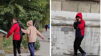 """В Новосибирске подростки напали на женщину с <nobr class=""""_"""">ребенком —</nobr> у нее сломан нос"""