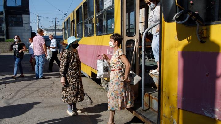 За ночь должны справиться: в Волгограде на девять часов остановят движение трамвая № 2