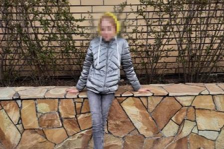 «Всех знакомых, родственников, друзей обзвонили — никто ее не видел»: в Челябинске пропала школьница