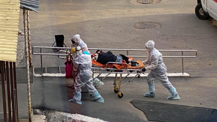 В Тобольске из-за нехватки коек откроют новый моногоспиталь