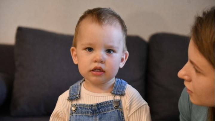 Фонд Ройзмана начал собирать деньги на самый дорогой укол в мире для екатеринбургского мальчика