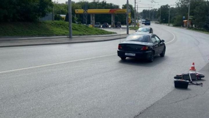 Ростовчанин лишился прав за пьяную езду, пересел на электросамокат, выпил и попал в ДТП