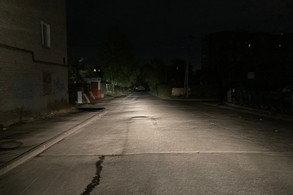 Ребенок стал перебегать дорогу в неположенном месте