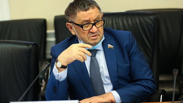 Умер сенатор от Тюменской области Михаил Пономарев