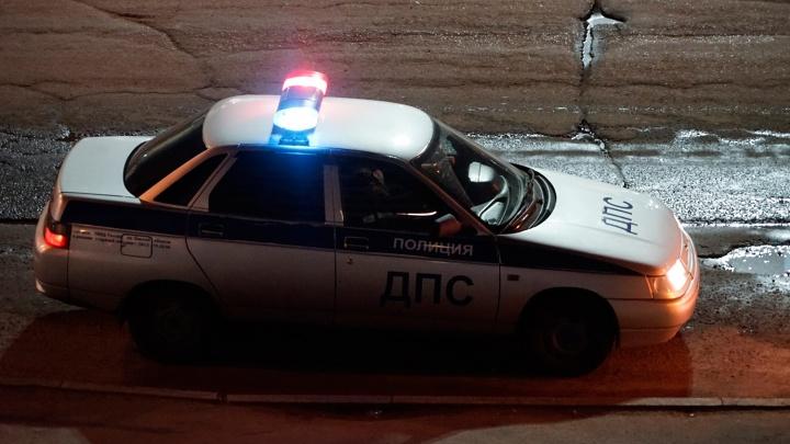Омич умер, упав с подножки машины. Водителя осудили на пять лет колонии-поселения