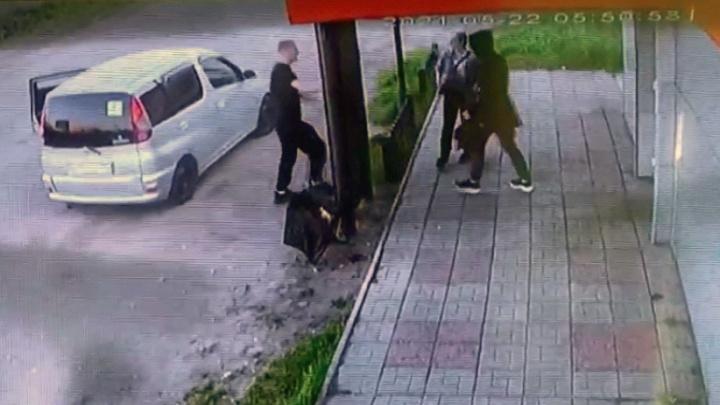 Не знал, что избивает девушку: полиция рассказала о конфликте у кафе на Левобережье