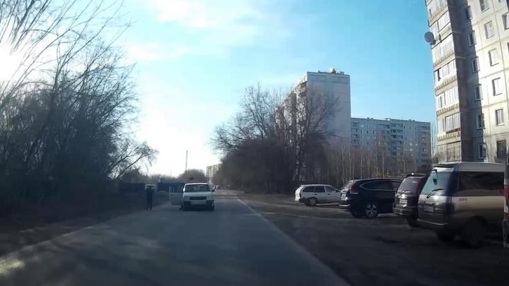 Появилось видео с моментом ДТП на ОбьГЭС, где на дороге сбили мальчика