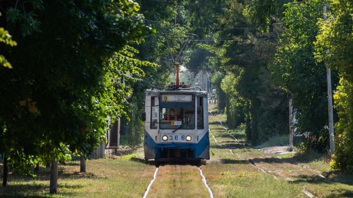 В Таганроге временно закрыли три трамвайных маршрута, оставив лишь один