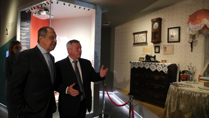Министр иностранных дел Лавров в Ростове похвалил успехи автократий
