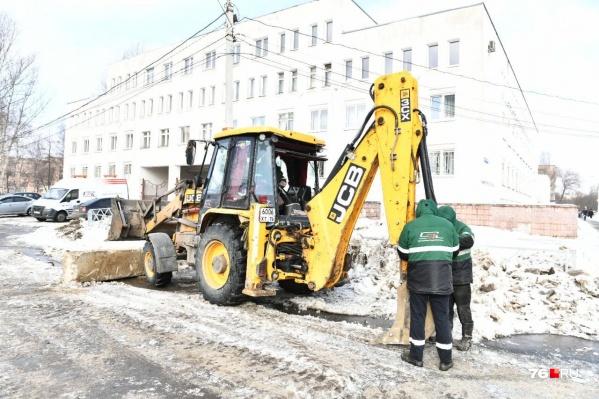 Проспект Машиностроителей начали ремонтировать в 2020-м