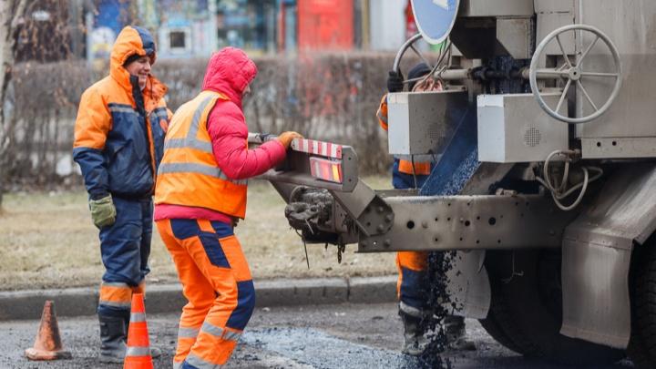 «Были критические изъяны»: в Волжском отменен аукцион на ремонт городских дорог