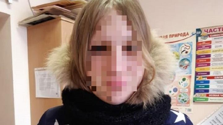 Потерявшуюся школьницу из Арамиля нашли в торговом центре Екатеринбурга