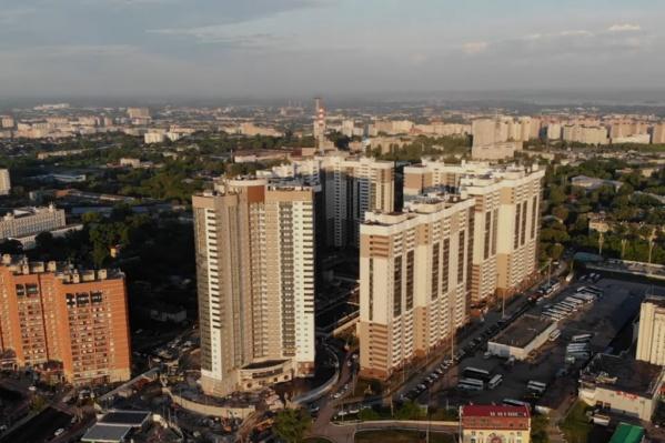 Новые высотки добавили жильцов в и без того густонаселенный Октябрьский район