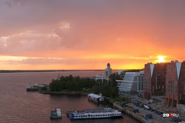 Дмитрий Москвин также отметил, какое значение для Архангельска имеет водная стихия