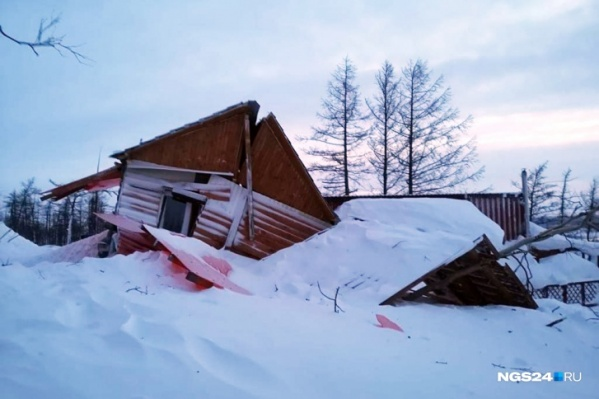 Самый сильный удар пришелся на дома, стоящие ближе к вершине горы