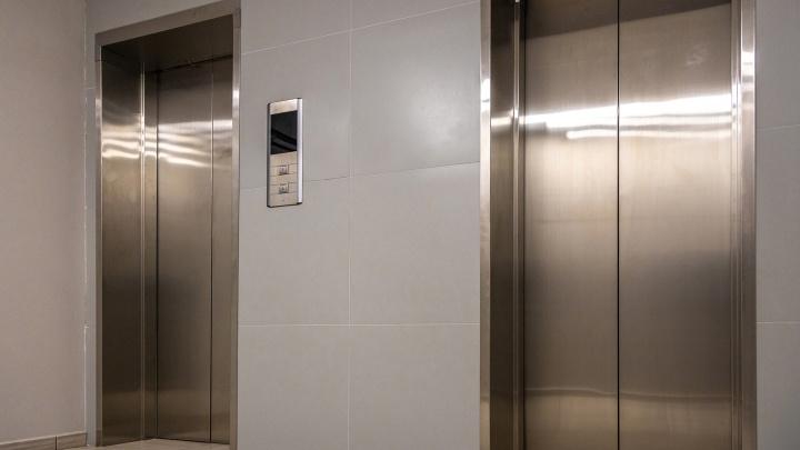 В Самаре строительная компания сдала дом без работающих лифтов