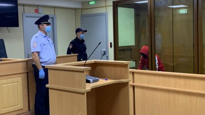 Подозреваемый в убийстве Насти Муравьевой просил отправить его под домашний арест