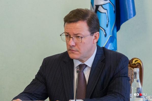 Дмитрий Азаров  поручил оказать всю необходимую помощь и поддержку пострадавшим в массовой аварии в Отрадном
