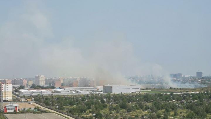 На Западном обходе Краснодара загорелся мусор