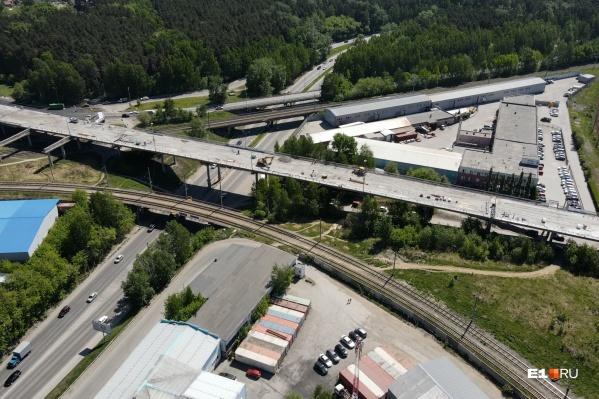 Мост будет закрыт на ремонт до осени