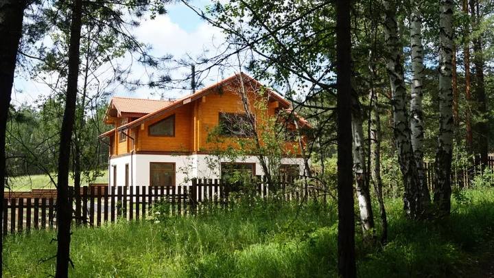 Три шага до альпийской мечты: уральцам предложили решить вопрос с загородной недвижимостью за майские