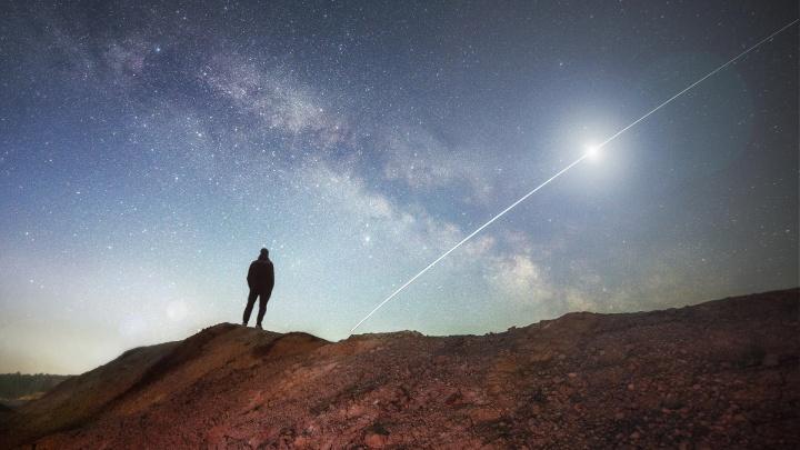 Нереальная красота: фотограф сделал снимки звездного неба на Уральском Марсе