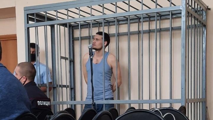 «Она косо посмотрела»: в Волгограде разыскивают вторую жертву жителя Крыма, забившего до смерти пенсионера
