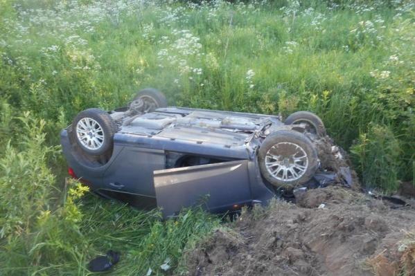 В результате аварии пострадали люди