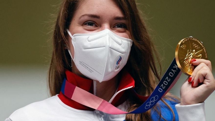 Виталина Бацарашкина выиграла еще одно золото на Олимпиаде в Токио