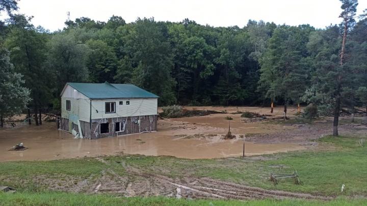В Горячем Ключе во время наводнения погибли двое мужчин