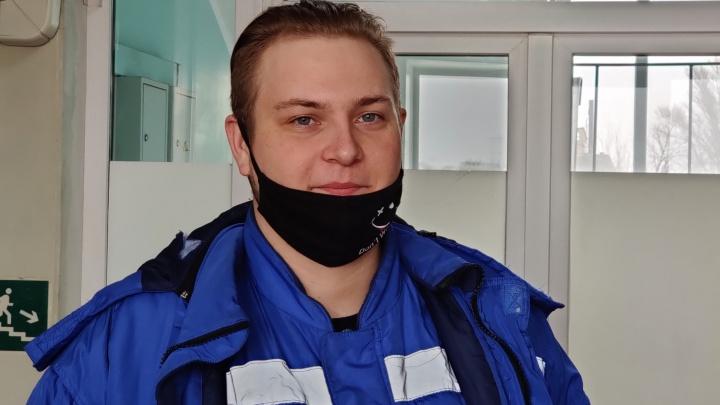 «Я повернулся, а у меня перед лицом — нож»: фельдшер из Волгограда рассказал о нападении убийцы-рецидивиста