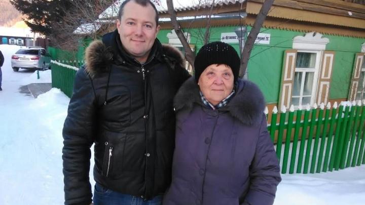 Мама красноярского журналиста Полушина умерла спустя месяц после вакцинации от ковида