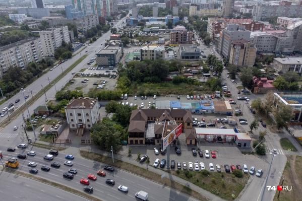 Квартал «1736» хотят построить на месте, где сейчас вразнобой расположены рынки, автомастерские, парковки и пустыри