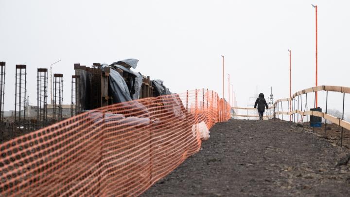 «Жители города будут страдать»: реакция ростовчан на закрытие моста на Малиновского