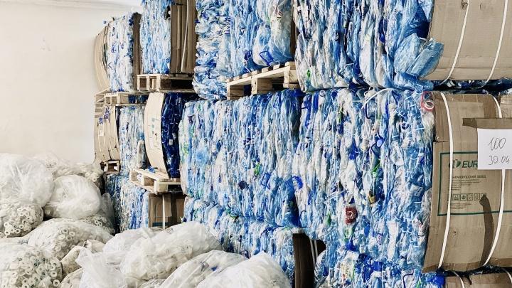 Челябинцы собирают пластиковые бутылки и обменивают их на воду
