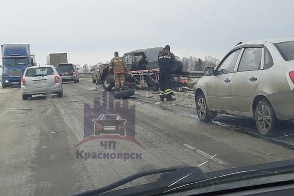 Водитель и пассажир госпитализированы
