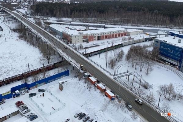 В Екатеринбурге стартовал ремонт моста на Блюхера