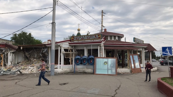 Собственница здания у «Маяковского», которое отдали под снос: «Это чей-то заказ»