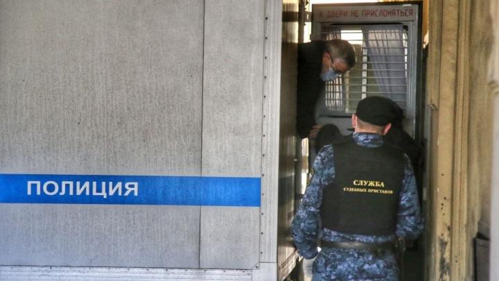 «Хладнокровного убийства не было». Что 11 лет скрывал главный нефролог Санкт-Петербурга о смерти жены