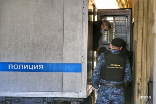 Главный нефролог Санкт-Петербурга задержан и дает показания
