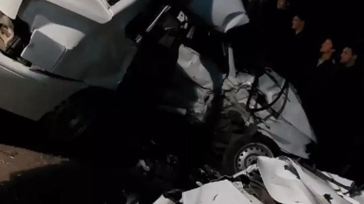 Страшное столкновение на въезде в Волгоград. Два человека погибли на месте ДТП, среди них ребенок