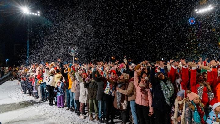 Более двух тысяч красноярцев пришли на съемки очередных «Елок»