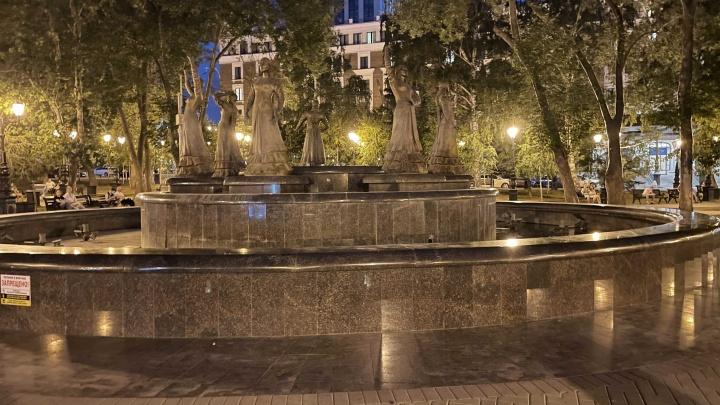 В центре Уфы в жару отключили фонтан «Семь девушек»