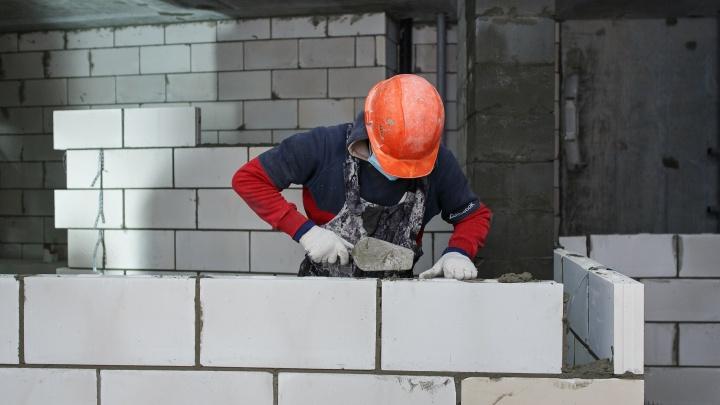 «Страна Девелопмент» открыла собственную школу каменщиков, чтобы обучать дефицитные кадры