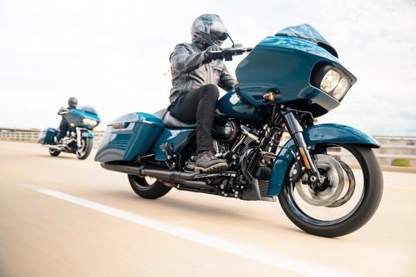 В салоне Harley-Davidson вы найдете всё, чтобы порадовать истинного любителя байков и скорости