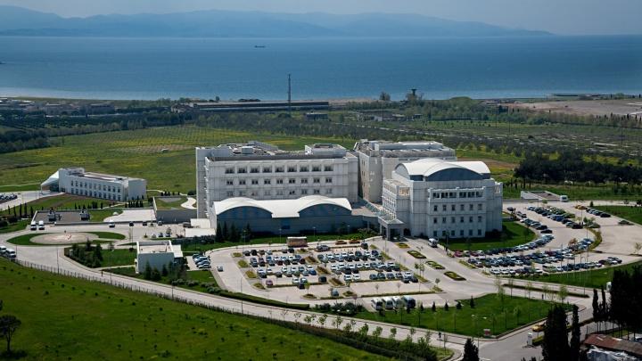 Турецкий госпиталь «Анадолу» продолжит принимать пациентов из России