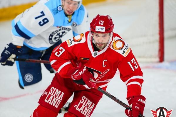 Пока по итогам двух сезонов на счету Павла Дацюка 57 очков за «Автомобилист»