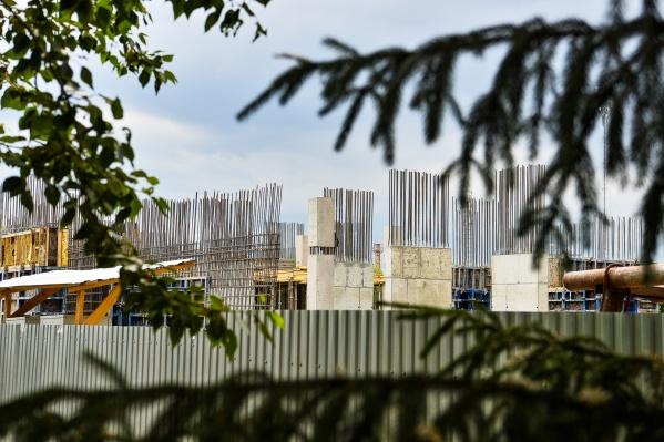 Вместо промзоны почти в центре города строят уютные жилые кварталы