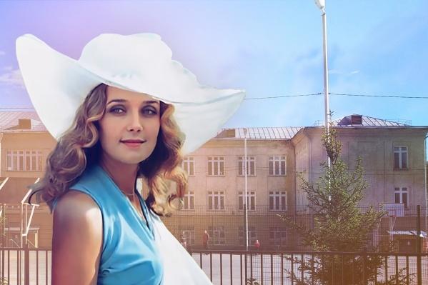 После роли Констанции сибирячка официально стала первой красавицей Советского Союза