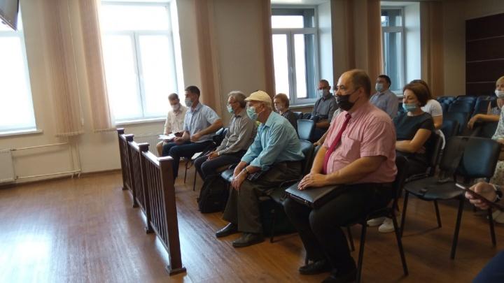 В Перми рассмотрели апелляцию по делу «Свидетелей Иеговы»: прокуратура просила реальные сроки, подсудимые — об оправдании